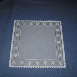 # 510DDS Danish Glassine Doilies