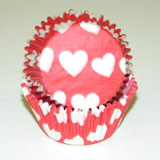 # 450C HEART DESIGN RED